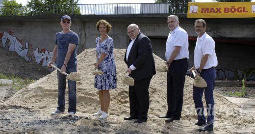 Spatenstich Für Den Neubau Der Neckermann Brücke Fechenheimer Anzeiger
